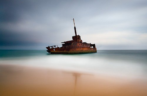 wreck of the sygna - long exposure photos